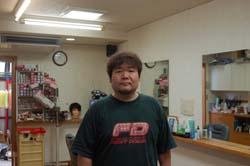 店長の東南芳昌さん