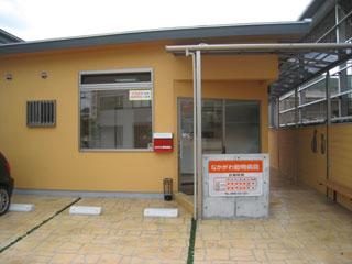 2号線側が院内入口です。