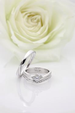 岡山の結婚指輪・婚約指輪にCOLANY(コラニー)「ハーモニー」